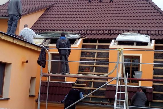 zateplení střechy, stříkaná izolace, PUR izolace, PUR pěna