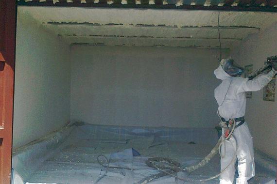 Tepelná izolace garáže měkkou PUR pěnou