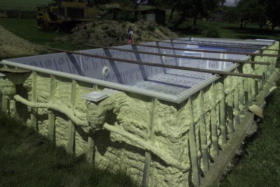 Tepelná izolace bazénu, PUR pěna, PUR izolace, stříkaná izolace