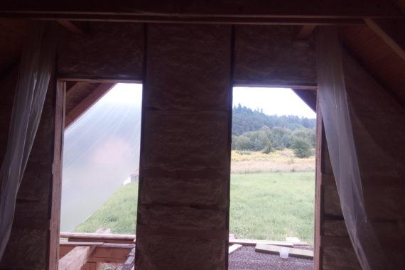 Zateplení dřevostavby, izolace roubenky, izolace střechy, zateplení střechy, PUR izolace, stříkaná izolace