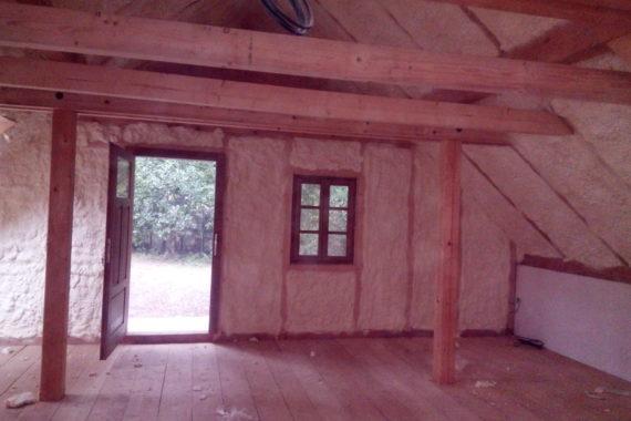 vnitřní izolace místnosti, PUR pěna, PUR izolace, stříkaná izolace, stříkaná pěna
