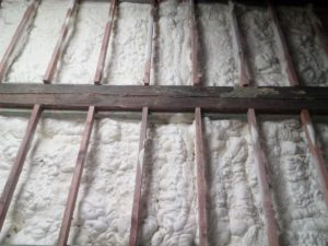 izolace podlahy, stříkaná izolace, PUR pěna, PUR izolace
