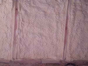zateplení podkroví, tepelná izolace podkroví, stříkaná PUR pěna, pěnová izolace, izolace pěnou