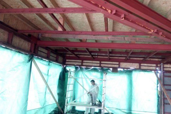 tepelná izolace autosalonu, stříkaná izolace PUR pěna