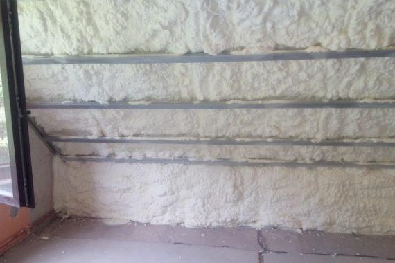 tepelná izolace místnosti, zvuková izolace, zateplení stěn