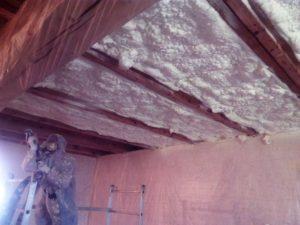 stříkaná izolace stropu, PUR pěna, pěnová izolace